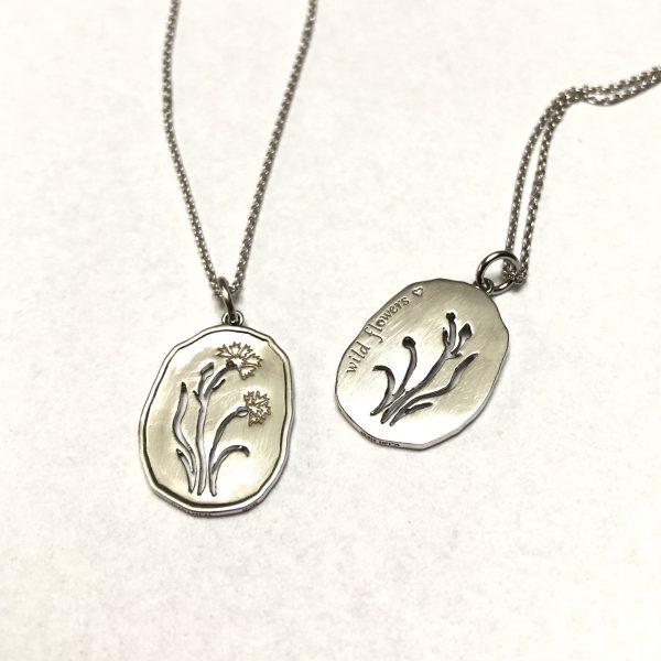 Wild Flowers, korblomst halskæde sølv, forside og bagside
